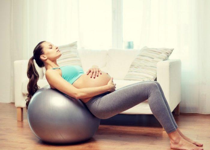 кінезитерапія для вагітних